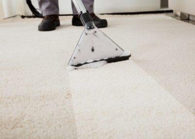 Paklāja un mēbeļu ķīmiskā tīrīšana