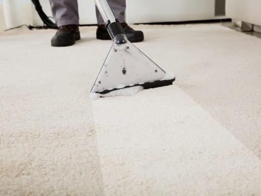 Чистка ковровых покрытий и мягкой мебели